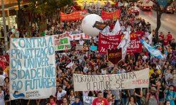 Mais de 100 mil pessoas tomam as ruas de BH em Defesa da Educação 1
