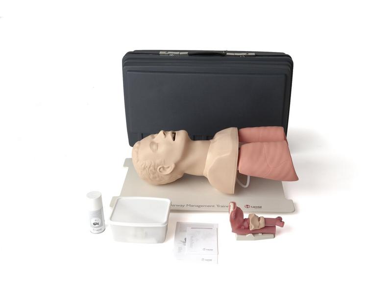 Campanha de Solidariedade do SINDIFES doa simulador de intubação para Faculdade de Medicina da UFMG para capacitação de estudantes e equipe de enfermagem do HC 2