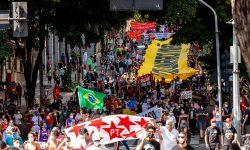 Milhares se reúnem para Ato Fora Bolsonaro em Belo Horizonte 7