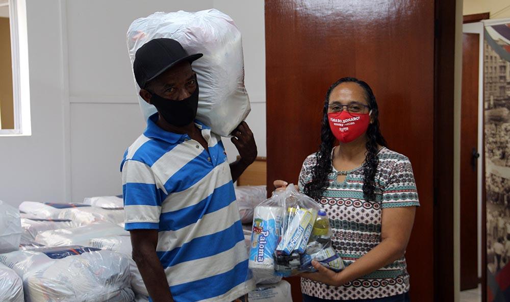 Campanha de Solidariedade do SINDIFES entrega mais de 300 cestas e apoia 27 iniciativas de solidariedade em Belo Horizonte, Montes Claros, Diamantina e Teófilo Otoni 30
